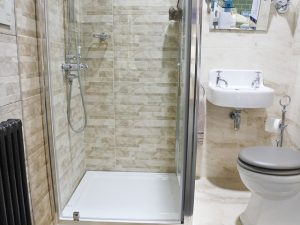 Shower enclosures and shower cubicles - best price - deals - Bathroom Depot Leeds