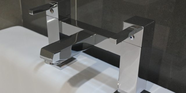 Contemporary bath taps - Bathroom Depot Leeds