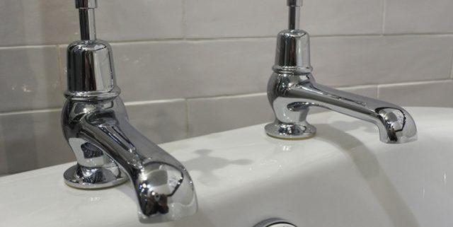 Traditional bath taps - Bathroom Depot Leeds