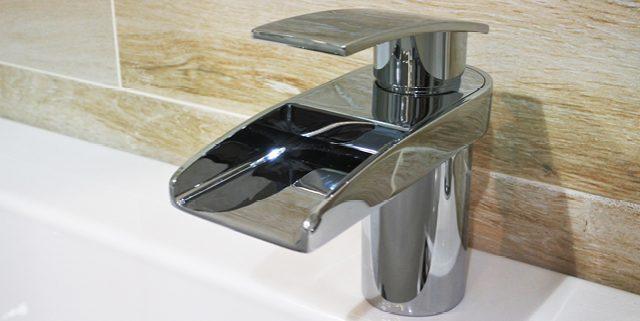 Bath waterfall taps 1 - Bathroom Depot Leeds