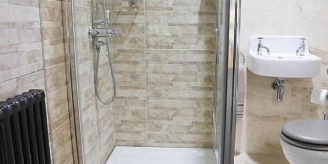 Pivot door shower enclosures, shower cubicles - Bathroom Depot Leeds